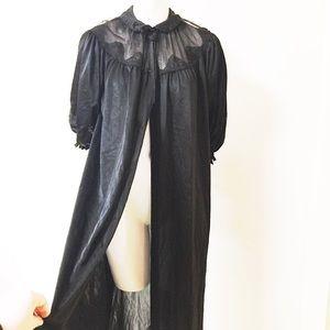 Gorgeous Vintage Black BabyDoll Nightie Long Robe